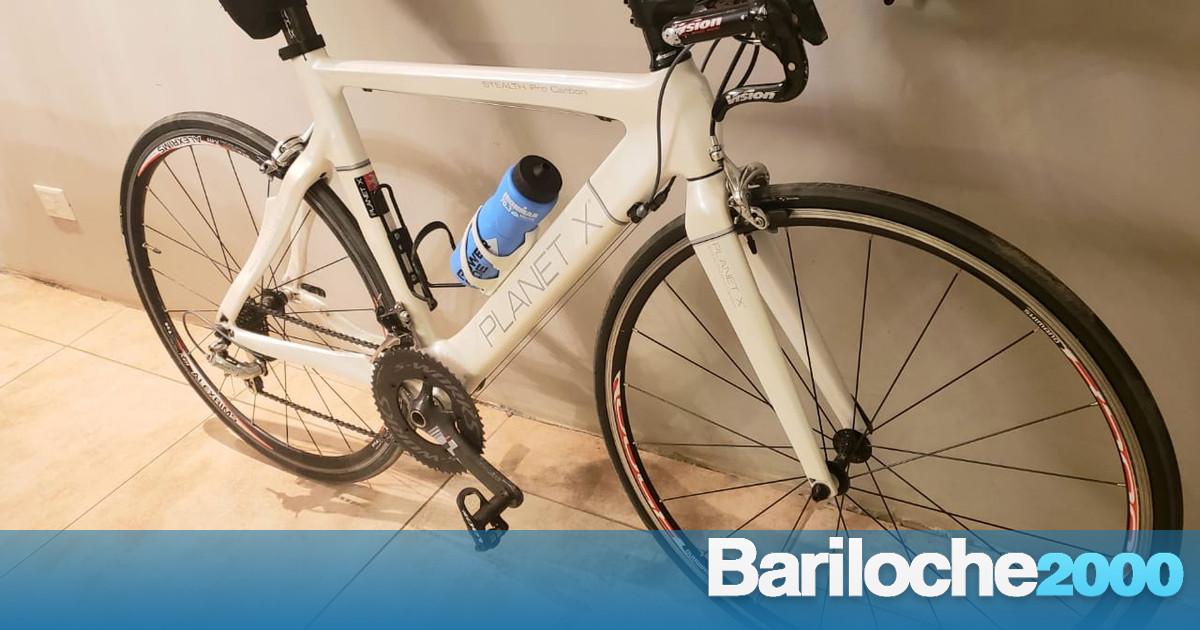Robaron una bicicleta de competición - Bariloche 2000